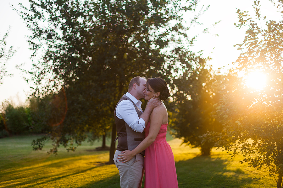 Séance engagement à la golden hour – Laureen & Antoine
