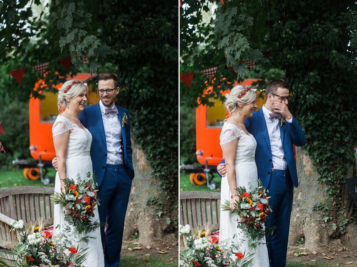 Un-mariage-guinguette-rouge-blanc-marine-szczepaniak-photographe-mariage-pas-de-calais-lille-lens-arras