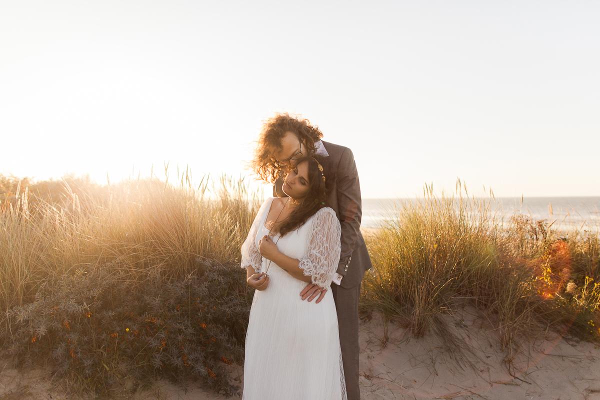 Day-after à la plage avec des fumigènes colorés – Amel & Sylvain