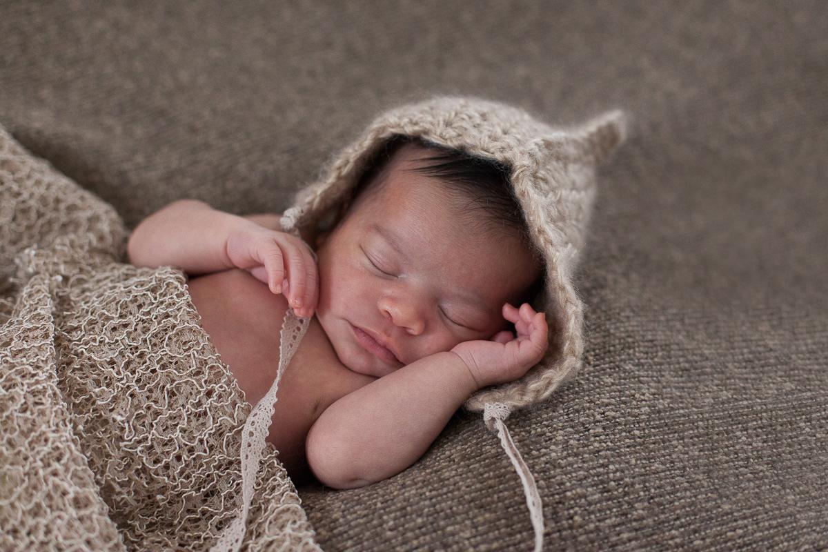 Photographe nouveau-né Lille – Séance avec Adèle