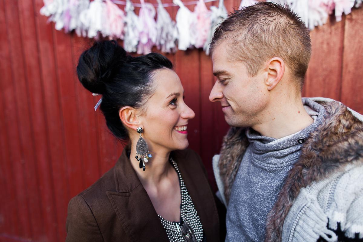 Séance-engagement-dans-une-ferme-champêtre-Marine-Szczepaniak-Photographe-mariage-lifestyle-nord-pas-de-calais-Lille-Béthune-Arras-Lens-2