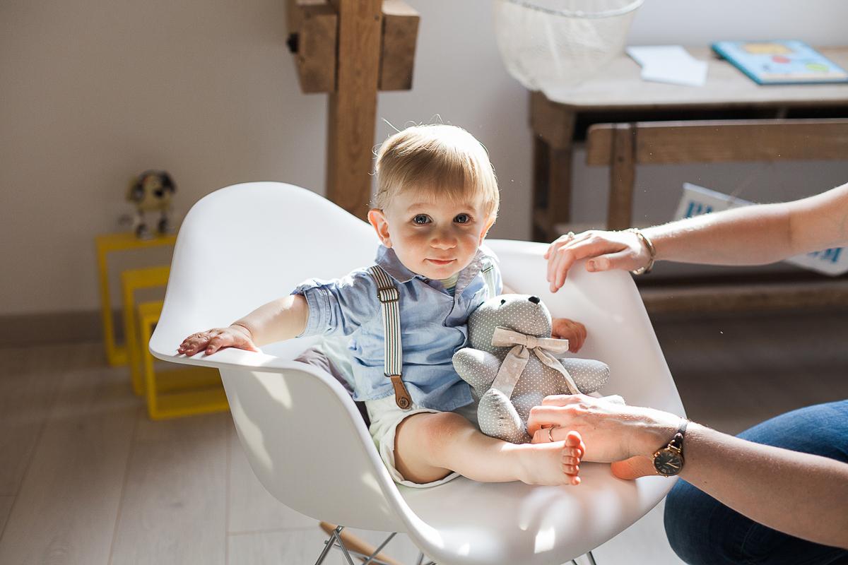 Séance-en-famille-à-domicile-lifestyle-photographe-famille-enfant-bébé-nord-pas-de-calais-marine-szczepaniak-12