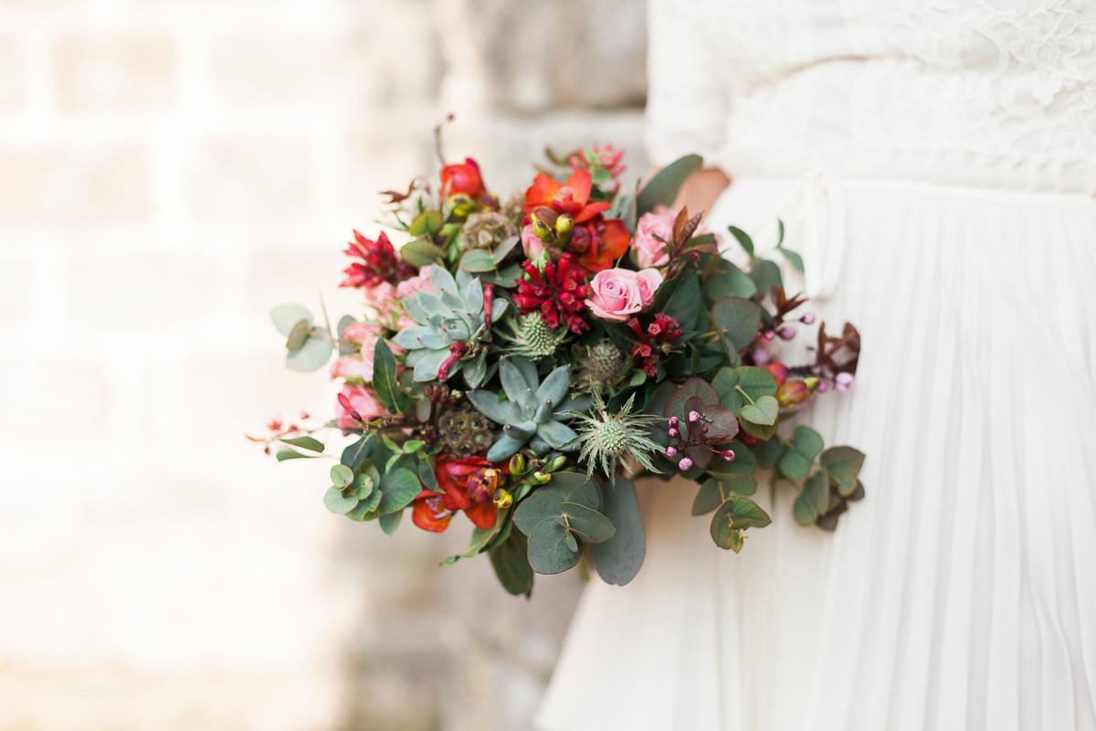 Shooting-inspiration-un-mariage-en-hiver-sous-le-soleil-dans-le-nord-pas-de-calais-la-fabrik-workshop-mariage-marine-szczepaniak-photographe-mariage-béthune-lille