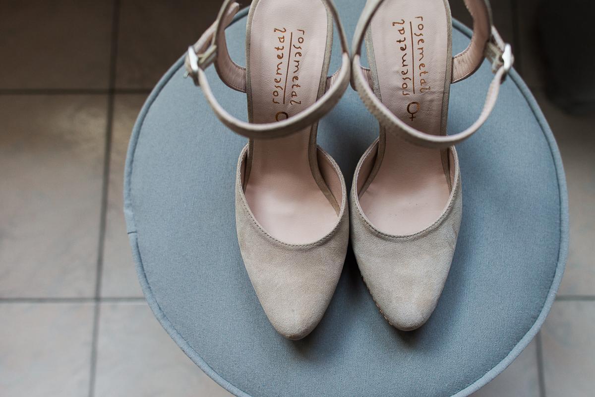 Un-mariage-vintage-jaune-et-bleu-en-moto-et-mini-cooper-au-manoir-des-lys-auchel-marine-szczepaniak-photographe-mariage-nord-pas-de-calais-27