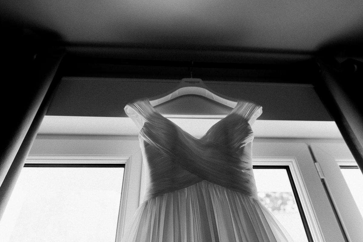 Un-mariage-vintage-jaune-et-bleu-en-moto-et-mini-cooper-au-manoir-des-lys-auchel-marine-szczepaniak-photographe-mariage-nord-pas-de-calais-35