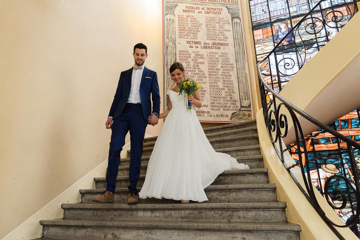 Un-mariage-vintage-jaune-et-bleu-en-moto-et-mini-cooper-au-manoir-des-lys-auchel-marine-szczepaniak-photographe-mariage-nord-pas-de-calais-100