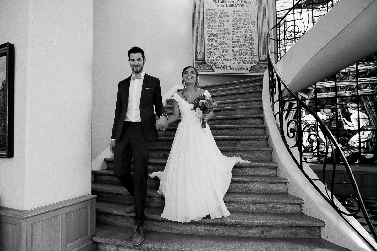 Un-mariage-vintage-jaune-et-bleu-en-moto-et-mini-cooper-au-manoir-des-lys-auchel-marine-szczepaniak-photographe-mariage-nord-pas-de-calais-103