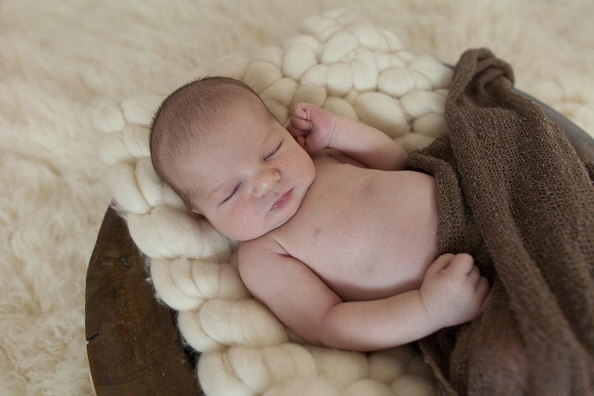 Séance-photo-naissance-en-studio-photographe-nouveau-né-à-béthune-marine-szczepaniak-bébé-enfant-famille-25
