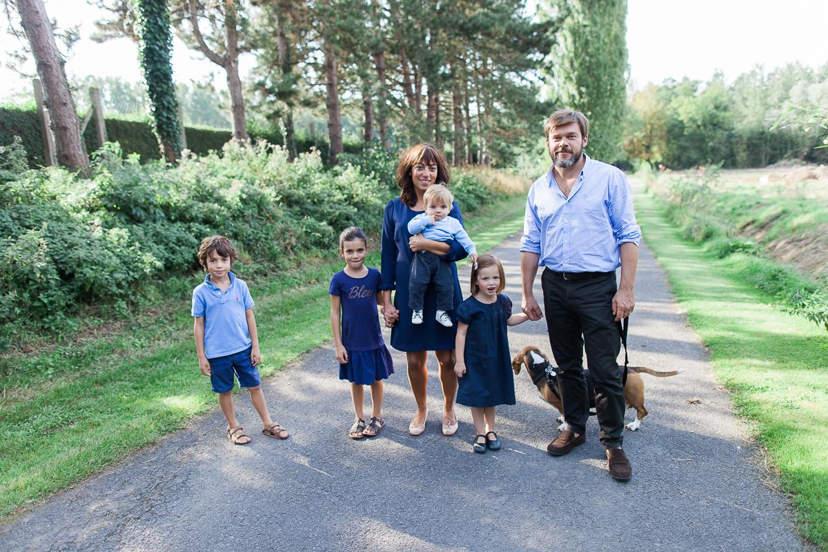 séance-photo-en-famille-champetre-dans-les-bois-verlinghem-lille-marine-szczepaniak-photographe-mariage-naissance-famille-nord-pas-de-calais