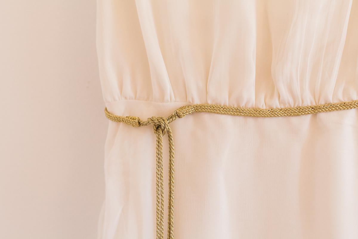 Un-mariage-champêtre-en-Bretagne-en-liberty-jaune-et-bleu-sous-le-soleil-julie-guillaume-marine-szczepaniak-photographe-mariage-nord-pas-de-calais-lille-lens-béthune-arras-lillers-7