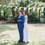 Un mariage champêtre en jaune et bleu en Bretagne – Julie & Guillaume