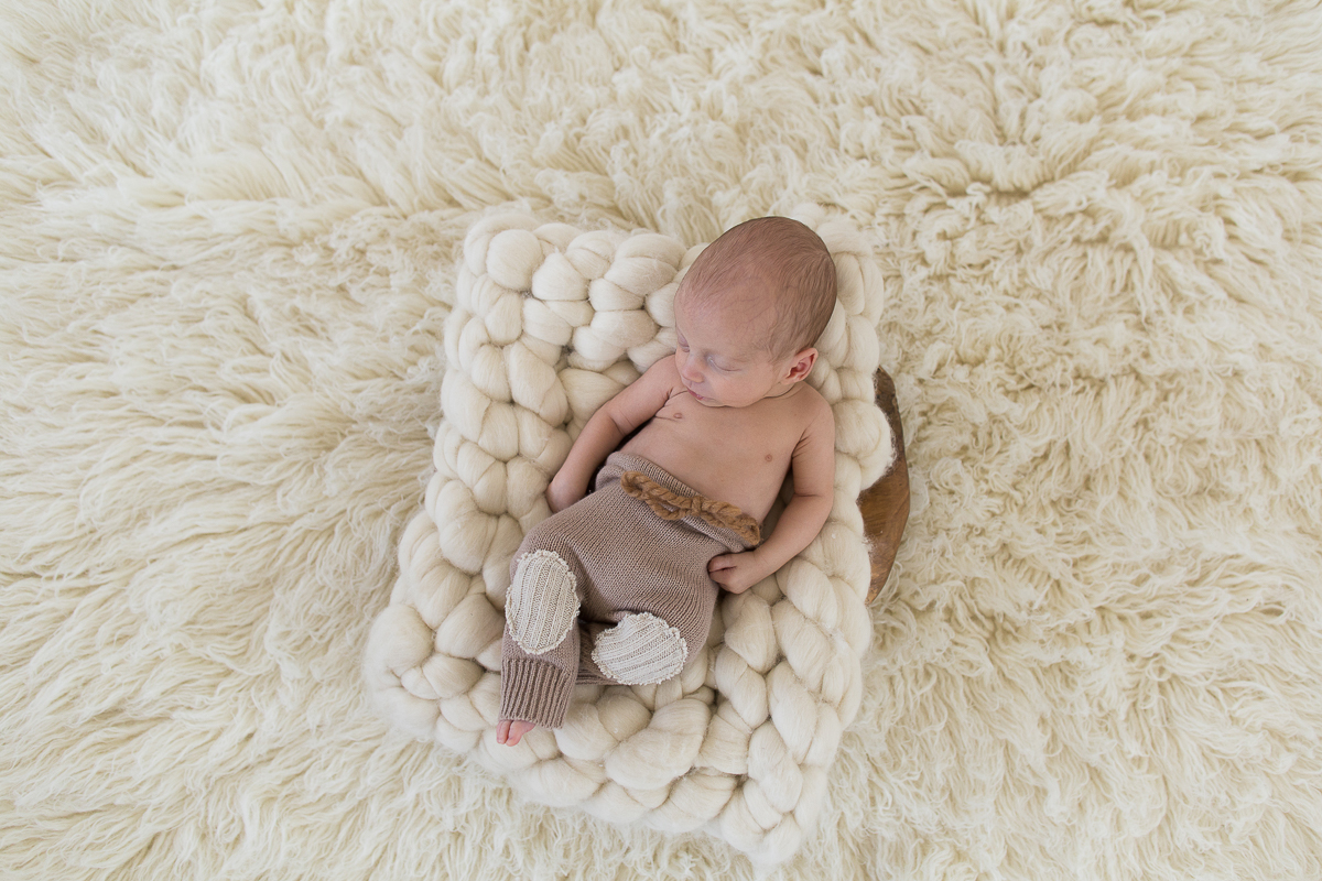 Séance-naissance-bébé-nouveau-né-en-studio-photo-Béthune-Locon-Marine-Szczepaniak-photographe-nord-pas-de-calais-hauts-de-france-19