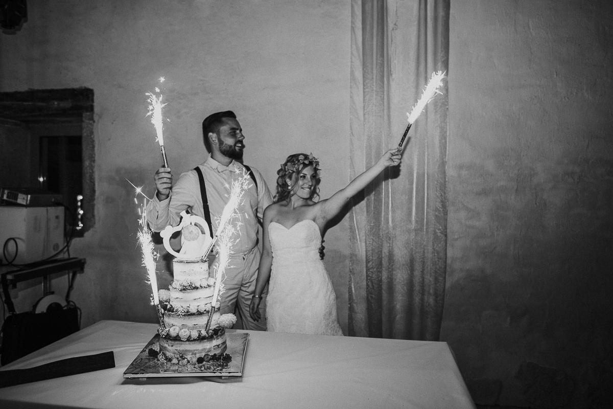 mariage-champetre-chic-ceremonie-laique-ferme-du-tremblay-saint-trivier-de-courtes-marine-szczepaniak-photographe-mariage-nord-pas-de-calais-lille-lens-bethune-paris-valenciennes-57