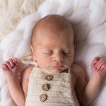 Séance nouveau-né avec Arthur au studio Lille – Béthune