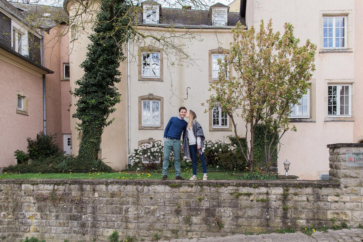 photographe-engagement-marine-szczepaniak-photographie-couple-seance-en-amoureux-bethune-lille-arras