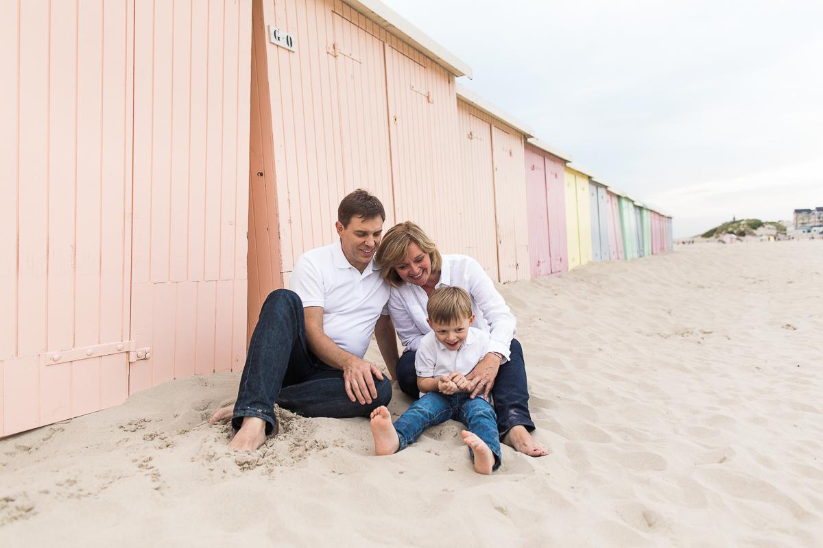 seance-berck-cabines-colorees-plage-mer-marine-szczepaniak-photographe-famille-lifestyle-mariage-naissance-nord-pas-de-calais-hauts-de-france