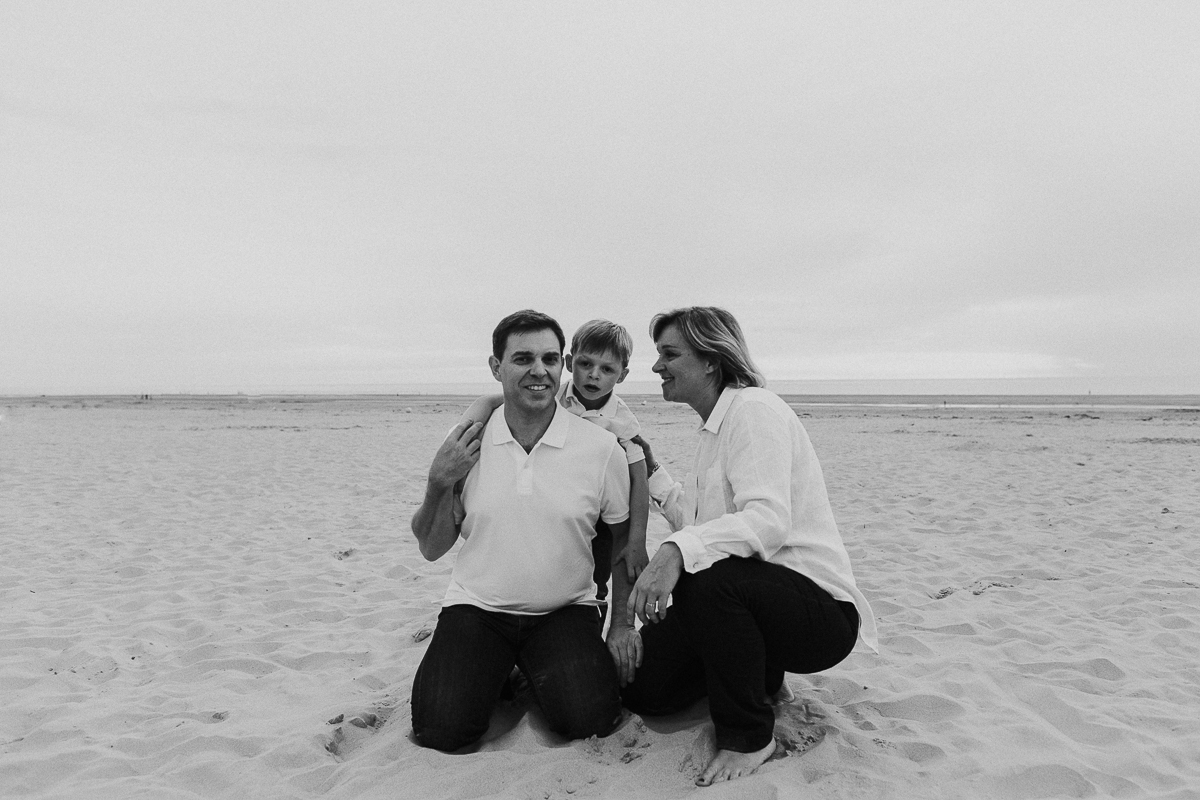 seance-a-la-plage-de-berck-cabines-colorees-plage-mer-marine-szczepaniak-photographe-famille-lifestyle-mariage-naissance-nord-pas-de-calais-hauts-de-france